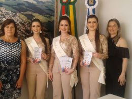 Soberanas de Vila Maria/Rs visitam Ernestina