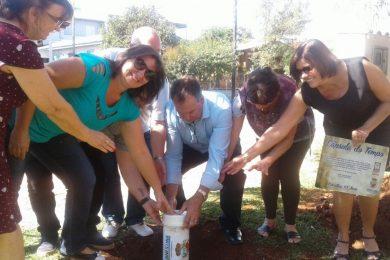 Encerramento das atividades da semana do Município com o enterramento da cápsula do tempo