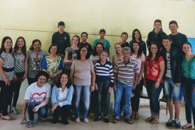 Escola Municipal João Alfredo Sachser trabalhando no resgate de histórias e valores.