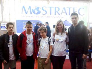 Estudantes ernestinenses participam de Olimpíada Internacional de Programação