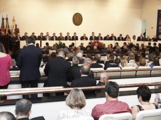 Prefeito Nico prestigia posse do novo presidente do TCE-RS