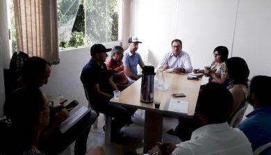 Equipe de trabalho do Executivo ernestinense reuniu-se nesta terça (14)
