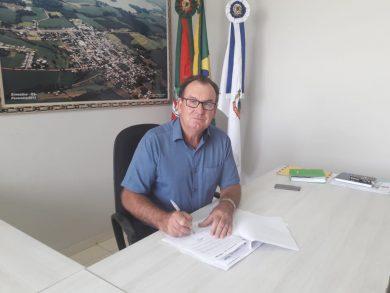 Prefeito de Ernestina, Odir João Boehm assinou o Decreto de Emergência nesta terça (18)