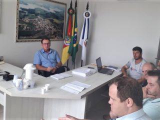 Moradores da Orla da Barragem buscam extensão da rede de energia elétrica