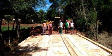 Ponte foi reconstruída com recursos próprios da Prefeitura