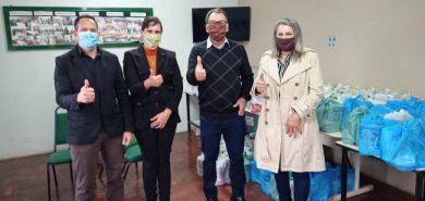 Administração Municipal repassa kits ao Cras