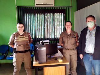 Prefeitura doa novo equipamento a BM de Ernestina