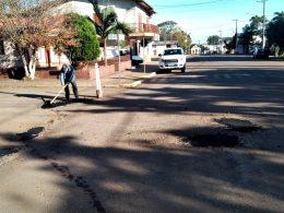 Trecho da Avenida Fernando Duderstadt recebe melhorias