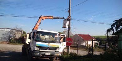 Prefeitura trabalha na melhoria da iluminação pública