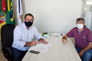 Prefeito Nico e vice Arno celebram encerramento do mandato com saldo positivo nas contas públicas de Ernestina