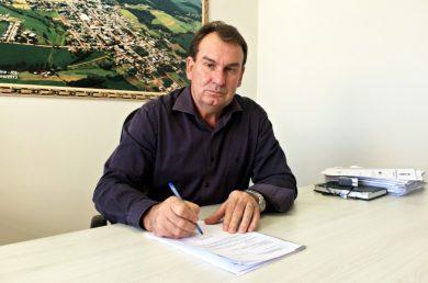 Prefeito Nico entrega Prefeitura de Ernestina com R$ 2,1 milhões em caixa