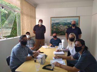 Prefeito Renato Becker realiza reunião de trabalho com secretários e diretores