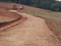 Secretaria Municipal de Obras recupera estrada que dá acesso a Orla do Jacuí