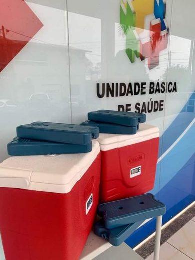 Secretaria Municipal de Saúde de Ernestina recebe doações de caixas térmicas por meio da campanha Unidos Pela Vacina