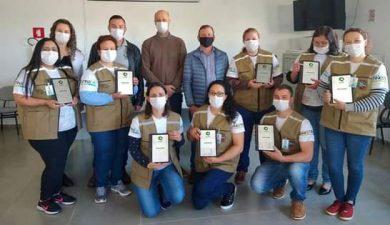 Prefeitura de Ernestina entrega uniformes e tablets para Agentes Comunitários de Saúde